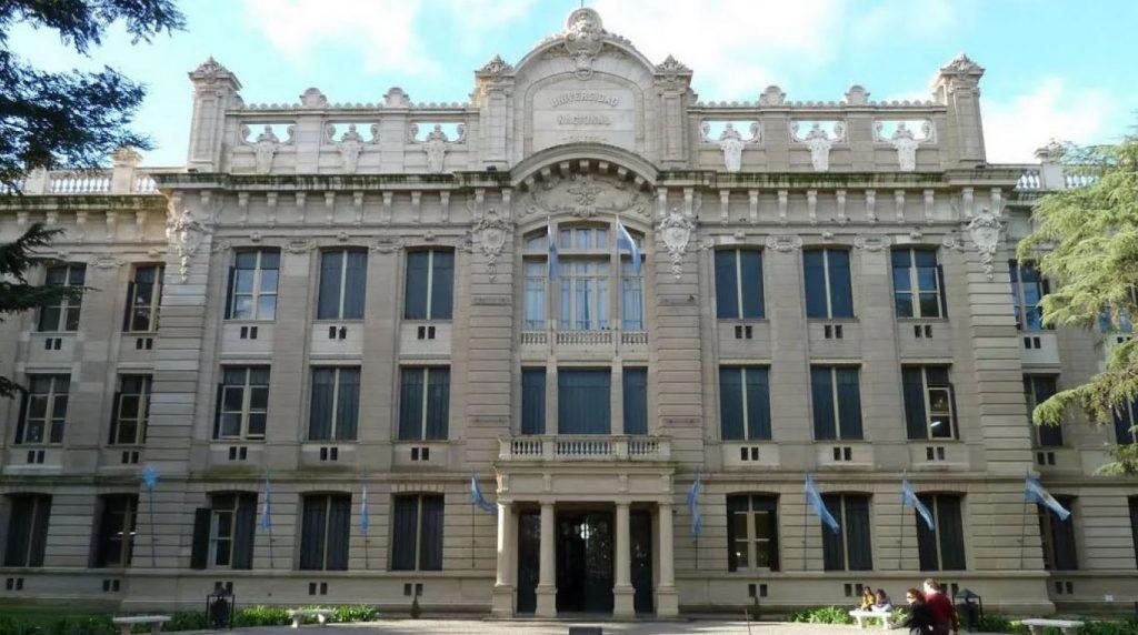 Universidade-Nacional-de-La-Plata