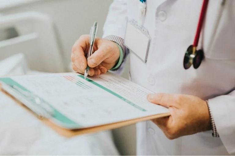 Estudar Medicina nos EUA é inviável